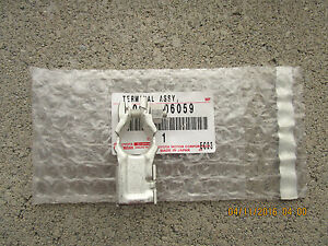 08 - 15 TOYOTA LAND CRUISER BATTERY - NEGATIVE TERMINAL CONNECTOR OEM BRAND NEW
