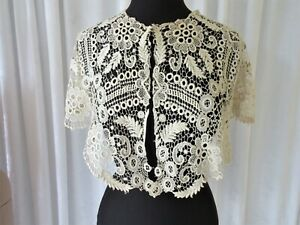 ANTIQUE FLORAL LACE WIDE BERTHA  COLLAR...ANTIQUE WHITE