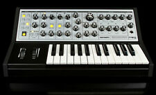 Moog Sub Phatty , ANALOG SYNTHESIZER, Keyboard Synth Bass25 key//ARMENS