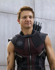 Jeremy Renner UNSIGNED photo - G1101 - The Avengers