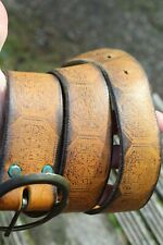 WIDE VINTAGE EMBOSSED LEATHER HIPPIE STYLE BELT 32-34