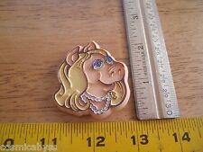 Miss Piggy Vintage 1970's plastic pin fust face Hallmark Htf