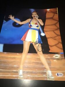 KATY PERRY SIGNED AUTOGRAPH 11x14 PHOTO TEENAGE DREAM SUPERBOWL BECKETT BAS D