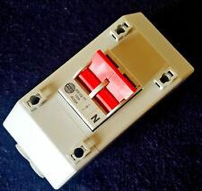 Wylex isolateur 100A 2 pole switch avec boîtier compteur queues REC2STT allen vis