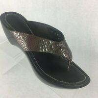 Donald Pliner Thong Wedge Heel Sandals Metallic Brown Lizard Print Slip Size 9 M