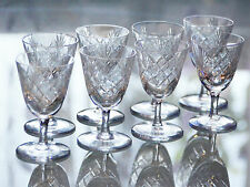 Lot de 7 anciens verres  digestif apéritif cristal taille  BAYEL SIGNE 7,5cm