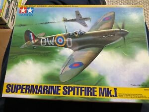 Tamiya 1/48 super marine spitfire mk.1 kit no 61032 1993