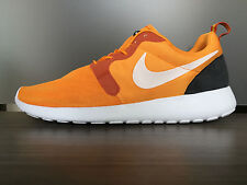 NIKE MEN'S ROSHERUN HYP SHOES SIZE 12 kumquat white orange 636220 800