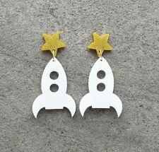 Rockabilly Statement stud dangle white rocket with gold glitter star pad