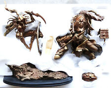 SIDESHOW WORLD OF WARCRAFT FAUX BRONZE BLOOD ELF ROGUE VS DRAENEI PALADIN STATUE