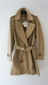 NEW WITH TAGS MENS BURBERRY CHELSEA GABARDINE TRENCH COAT 2019 - SIZE 52 - £1499