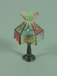 Toy: Tiffany-Lampe 1978 - No. 4 (With Chalice)