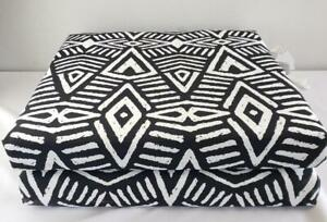 = Lot of 2 Pillow Perfect Outdoor Chair Cushions Black White Polyester Zipper
