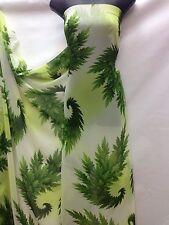Designer Verde Chiaro Grande Stampa Foglie in Tessuto Chiffon Abito da sposa artigianale