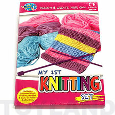 MON 1ST KNITTING SET Craft Laine Kit Filles Jouet Cadeau de Noël Christmas Stocking Filler