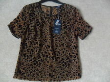 EX M&S BLACK ANIMAL BURNOUT PRINT FABRIC SHEER REAR KEYHOLE SCOOP NECK TOP SZE 6