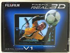 FUJIFILM FINEPIX REAL 3D V1 DIGITAL STEREO VIEWER BLACK USED