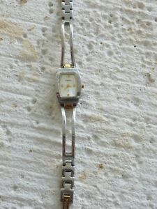Fossil F2 Womens Watch Model ES-9646, Silver & Gold Tone w/ Silver Face