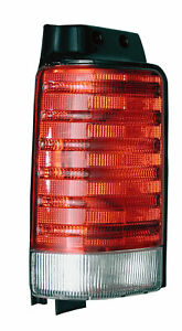 DRIVER SIDE TAIL LAMP ASSEMBLY CHRYSLER PLYMOUTH P/N 4710