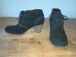 Clarks Artisan black suede ankle booties Carleta high heel lace up UK 5.5 E wide