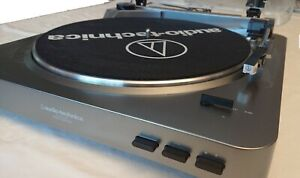 Audio-Technica AT-LP60USB Automatic  Turntable excellent condition