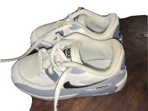 Boys Nike Trainers 9.5