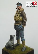 Elan13 Miniatures RAF Pilot WW2 with dog 1/24 (75mm) Airfix Trumpeter