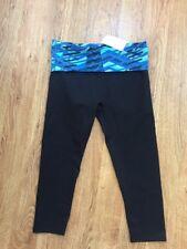 Fabletics NWT! Black Capri Tight Fit Blue Geometric Foldover Waist Leggings Sz S