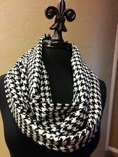 Alabama Crimson Tide Inspired B/W H/T Cashmere Feel Infinity Scarf!  VERY SOFT!!