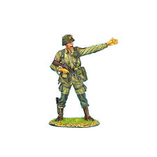 NOR001 US 101st Airborne Captain with Thompson SMG by First Legion
