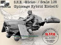 1/35 Model Kits Female Pilot and Plane Figure Resin GK Unassembled Unpainted