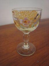 petit verre à liqueur verre émaillé en ouraline ancien