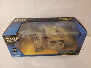 ELITE FORCE HUMVEE ARMY DESERT OPS  1/18 SCALE BLUEBOX TOYS 2002