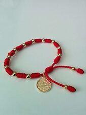 Pulsera Roja  de oro laminado Con medalla de San Benito