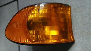 Original BOSCH BMW 7er E38 Blinker Blinkleuchte vorne rechts 0311327002 8376394