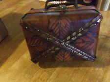 Vintage Wood Box Leaf Purse W/ Bamboo & BrassTrim with Brass Swing Clasp
