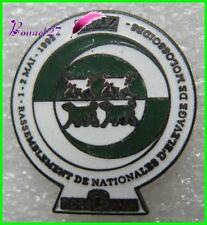 Pin's Rassemblement National Elévage de Mollosoides chien dog royal Canin #1868