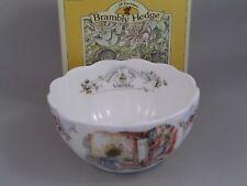 BRAMBLY HEDGE de ROYAL DOULTON Tazón de pétalos de invierno, en caja.