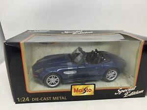 Maisto BMW Z8 1:24 Special Edition Diecast Model Car - Blue