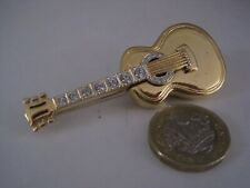 Plated with Diamante Crystals, Length 7cm Cabouchon Guitar Brooch, 18 Carat Gold