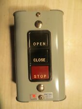 Relaytron IP-3 PUSH BUTTON STATION Contact Power Open Close Stop Switch