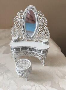 Vintage ~ White Miniature Wicker Metal Dollhouse Furniture ~ Vanity w Stool