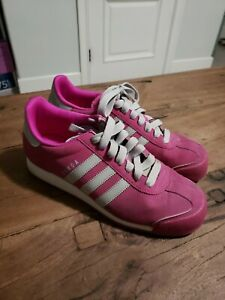 ADIDAS SAMOA SNEAKERS-MAROON COLOR-WOMES SIZE 9-GREAT CONDITION-CLASSIC SHOES