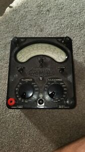 Vintage Universal Avometer Model 8 Mark With leather case