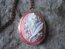 LILY OF THE VALLEY CAMEO ROSE GOLD TONE COPPER LOCKET - WHITE ON PINK - PHOTO