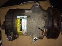 Compresseur climatisation RENAULT SCENIC 2 II PHASE 1 - 1.5 dci 106cv 8200050141