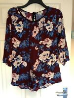 Weekend 10 Over Head Blouse 3/4 Sleeve Floral  Maroon Blue Pretty