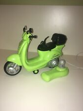 Green Vespa Scooter Remote Control Toy – Cindy / Barbie ⭐️VGC⭐️