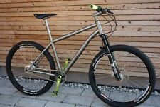New - RABBIT Cycles Titan 650B Shimano XT DT-Swiss Spline1 Suntour Axon Carbon