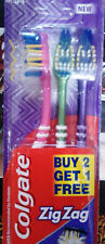 COLGATE ZIG ZAG TOOTHBRUSH PACK OF 3 DEEP CLEANING BETWEEN TEETH FREE S/H